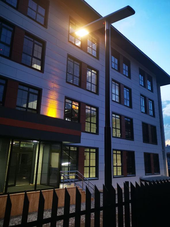 Zonguldak Çevre ve Şehircilik İl Müdürlüğü Na-De Güneş Enerjisi ile Aydınlanıyor